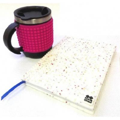 Kreatives SET - Pixel Notizbuch mit Umschlag mit weißen Sternen + Pixel Thermotasse in violette